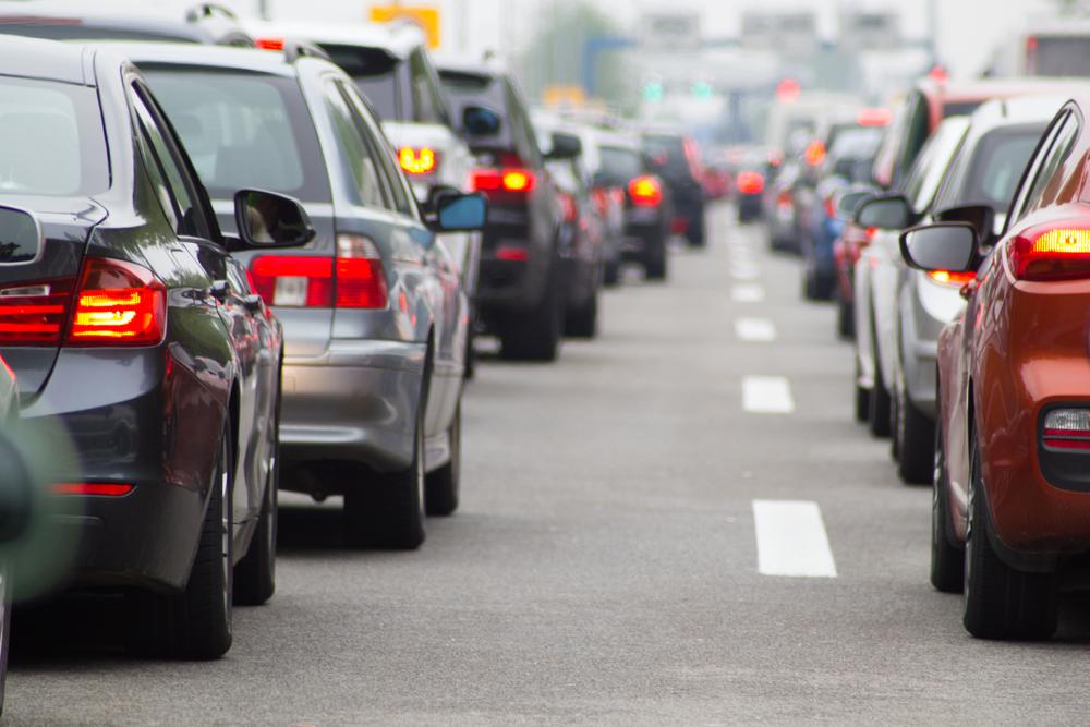 Obowiązkowa jazda na suwak. Jak zachować się na drodze?